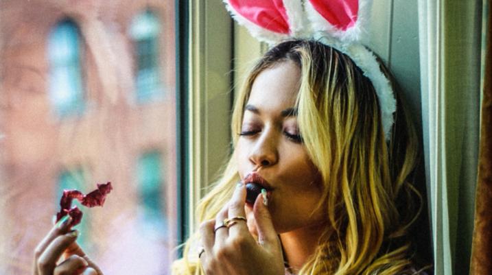 Rita Ora kallë Instagramin për Pashkë