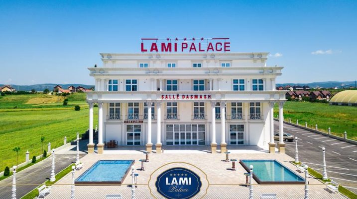 LAMI Palace – Bëhuni pjesë e ambientit mbretëror duke shijuar çdo detaj!