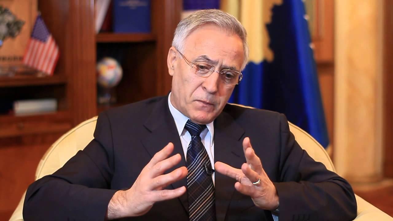 Jakup Krasniqi kërkon nga votuesit t'i ndëshkojnë zhvatësit e shtetit