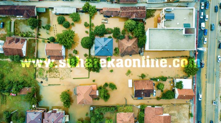 Reshjet e shiut, nuk përjashtohet mundësia e vërshimeve