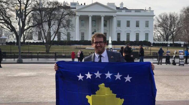 Kosovari nga Suhareka ftohet nga Donald Trump në Mëngjesin e Lutjeve