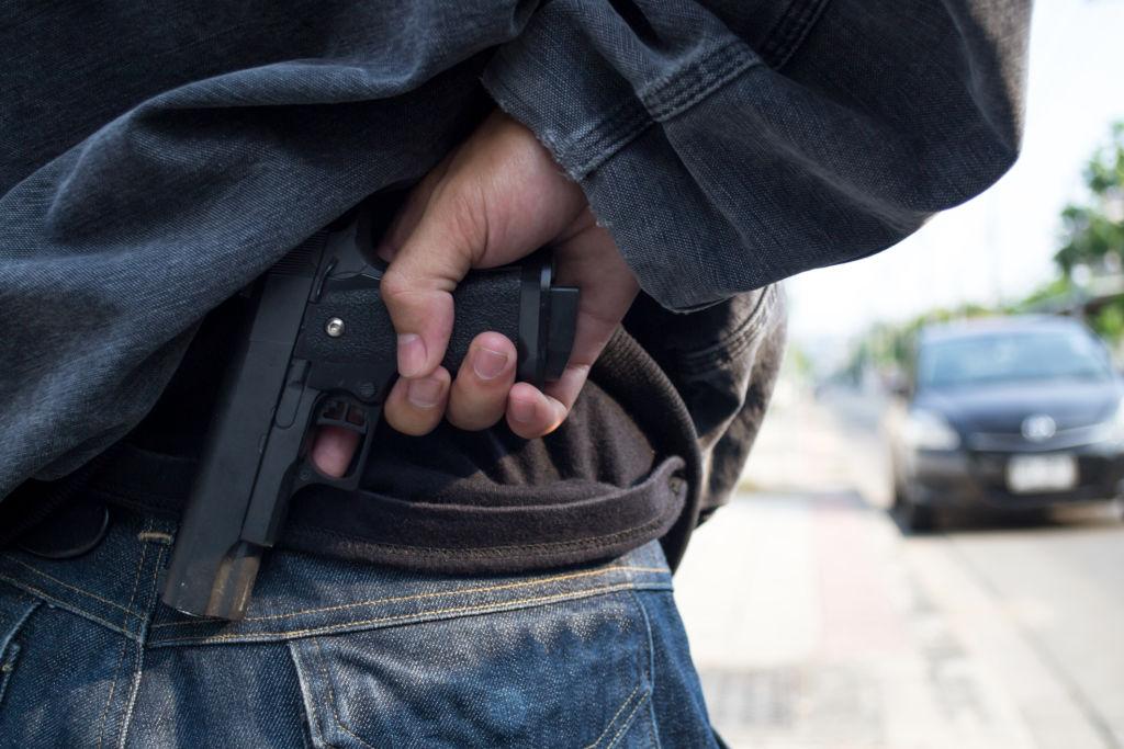 Suharekë: Për parking i kanos me revole