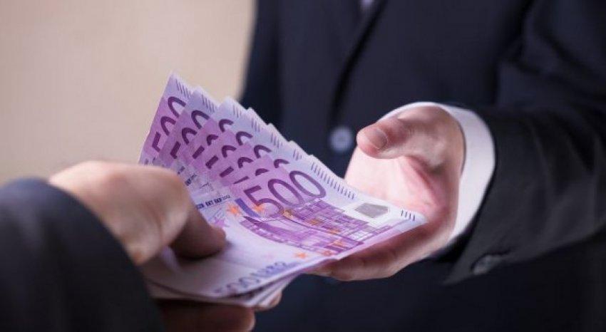 Jostabiliteti politik dhe korrupsioni përgjysmojnë investimet e huaja në Kosovë