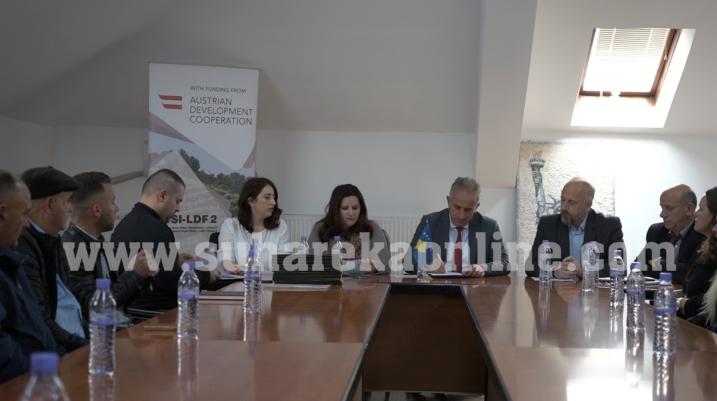 [VIDEO] 175 mijë euro u ndahen 20 fermerëve nga Suhareka