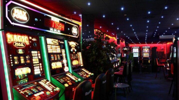 Rreth 400 biznese të lojërave të fatit janë aktive