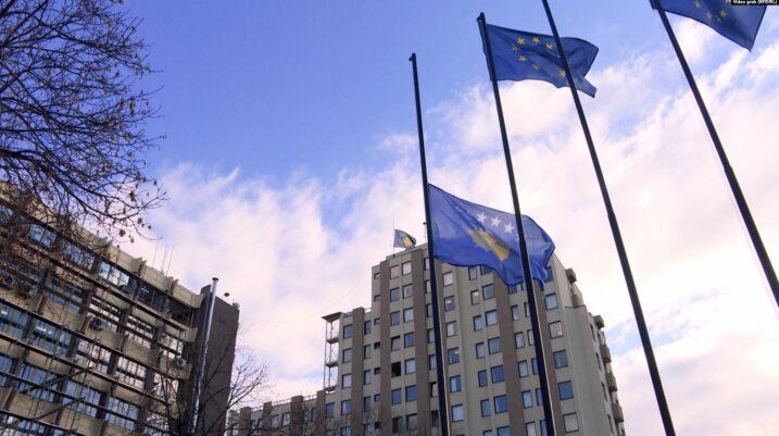 Papunësia i ekspozon të rinjtë ndaj radikalizmit në Kosovë