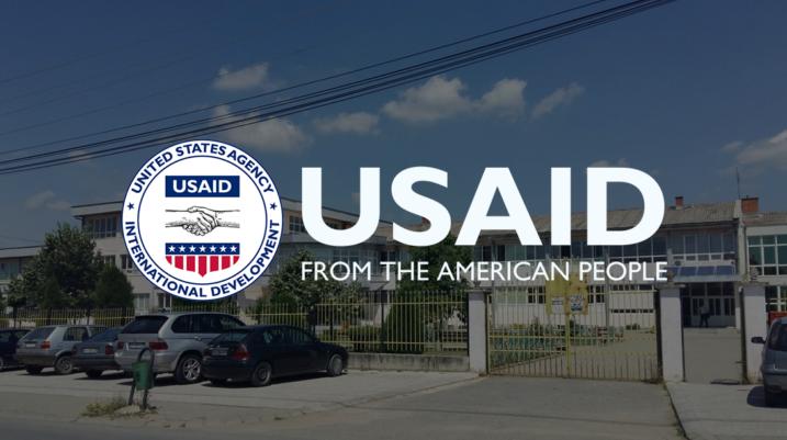 USAID vazhdon përkrahjen në fushën e arsimit në komunën e Suharekës