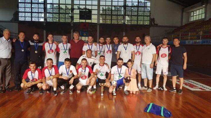 Suharekë: Zhvillohet finalja në futboll të vogël, Dori Farm e mund ekipin Swiss Storen MP
