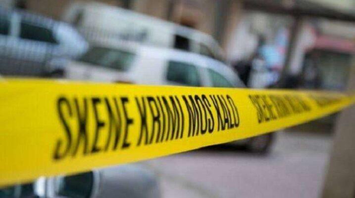 Aktakuza e Prokurorisë për personin që dyshohet se vrau gruan në Suharekë: E goditi për asfalti