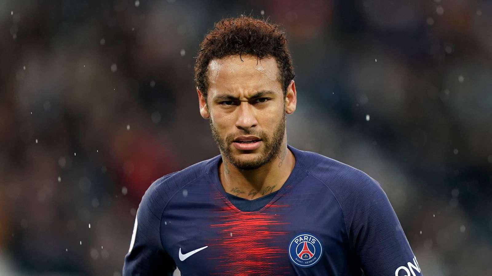 PSG-Barcelona, rriten tensionet për shkak të Neymar