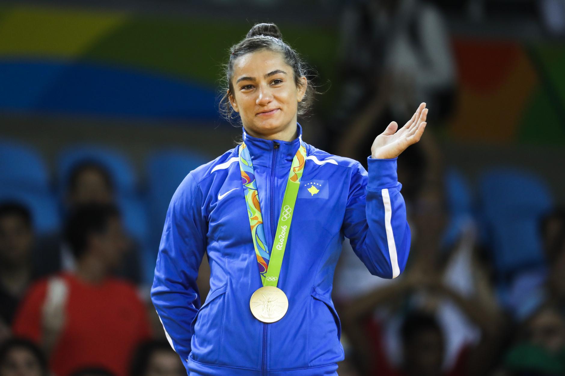 """Përfundon ndeshja, Majlinda Kelmendi e bronztë në """"Tokio 2019"""""""