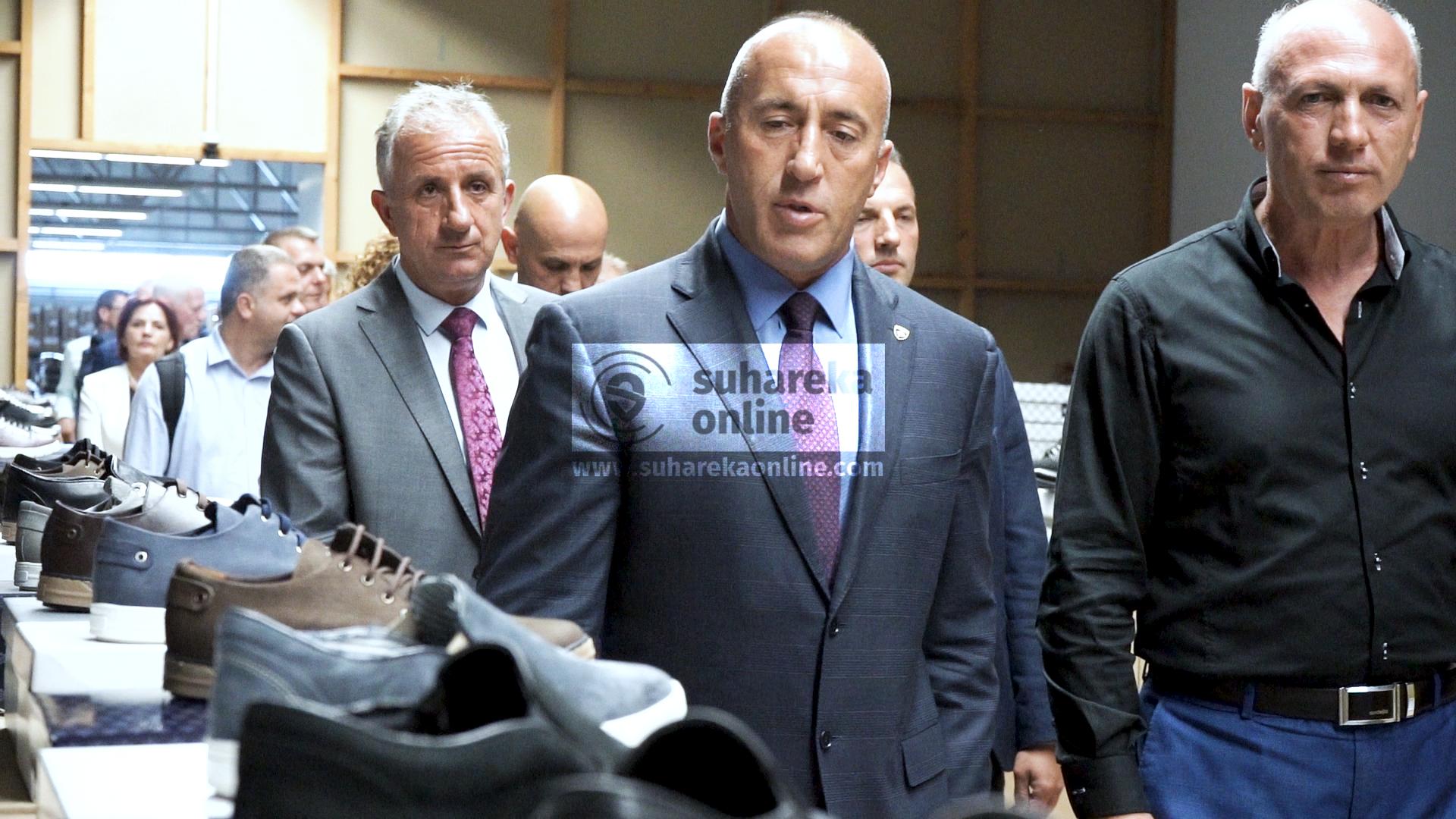 Haradinaj i kthehet temës së vizave, thotë se mund të hiqen para zgjedhjeve