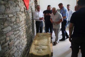 Zbulim i jashtëzakonshëm në fshatin Peqan