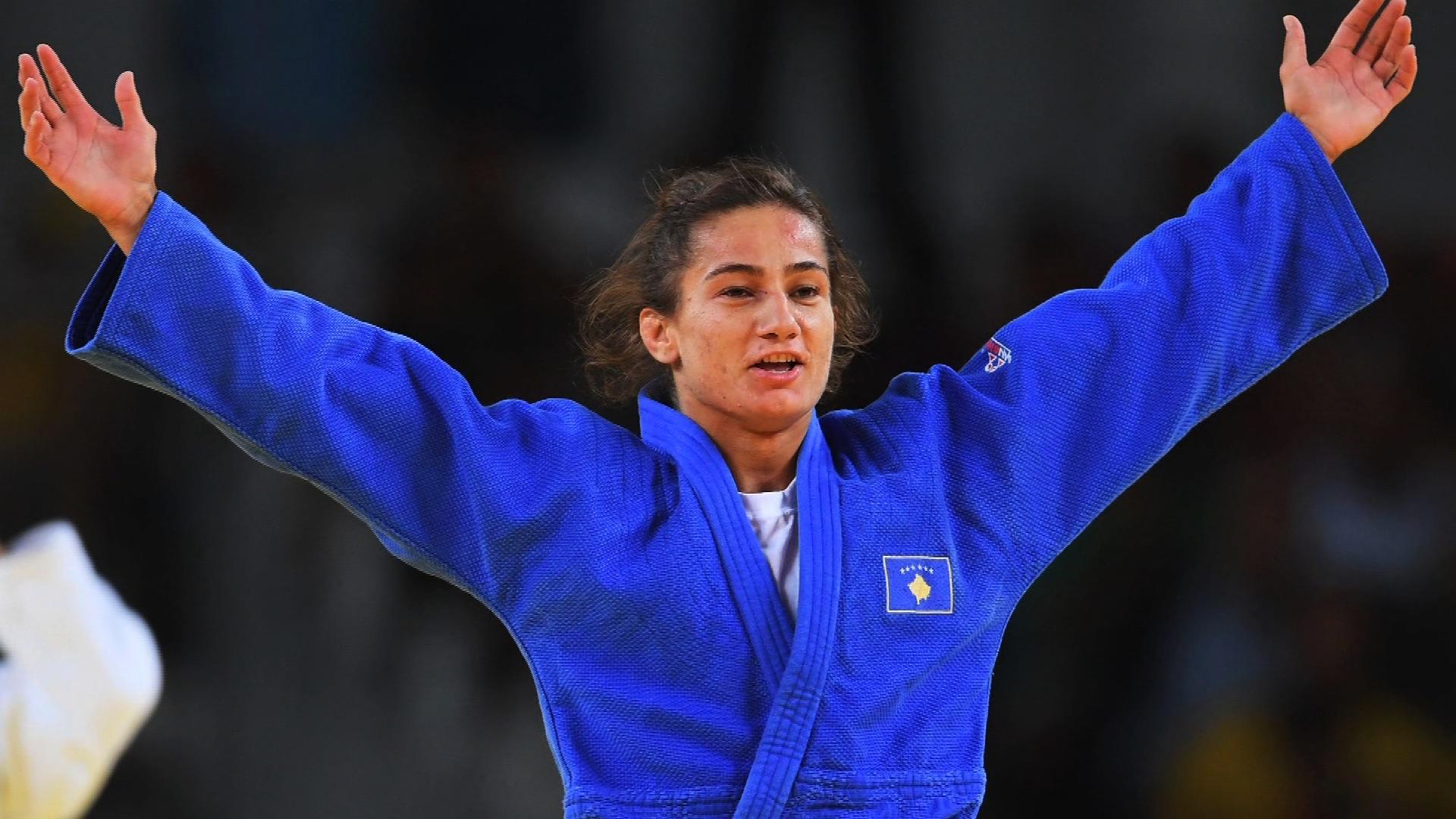 Majlinda Kelmendi nuk ndalet, kualifikohet në gjysmëfinale