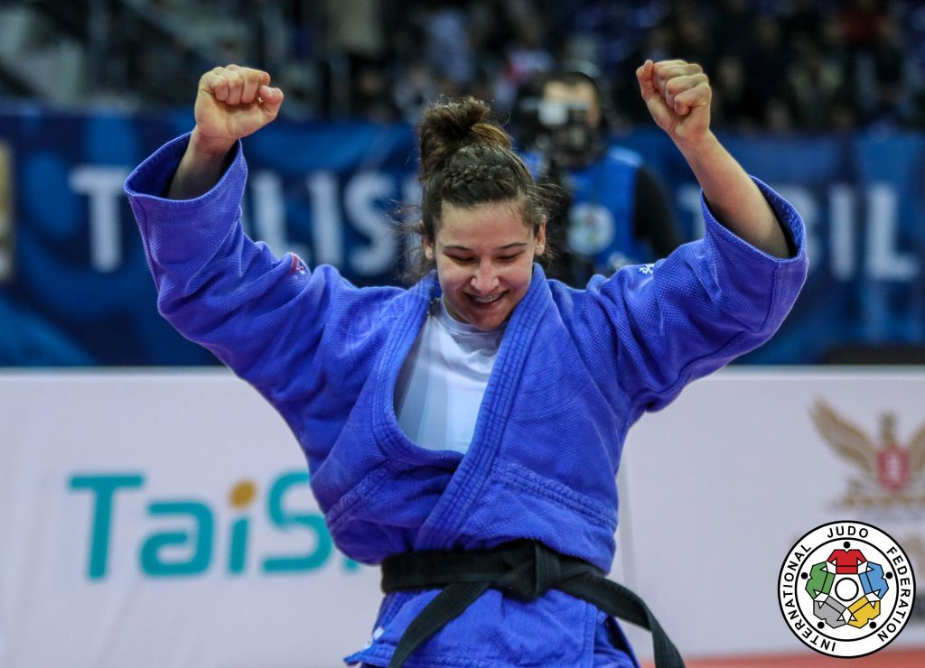 Medalja e bronztë e Lorianës kompleton Botërorin e jashtëzakonshëm për Kosovën