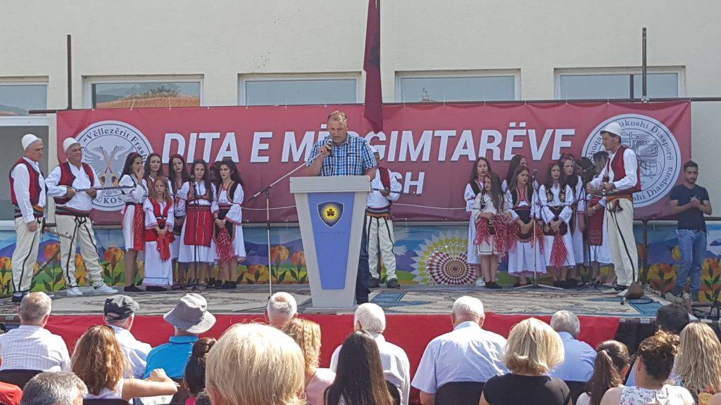 """Në fshatin Bukosh të Suharekës sot u organizua """"Dita e Mërgimtarëve"""""""