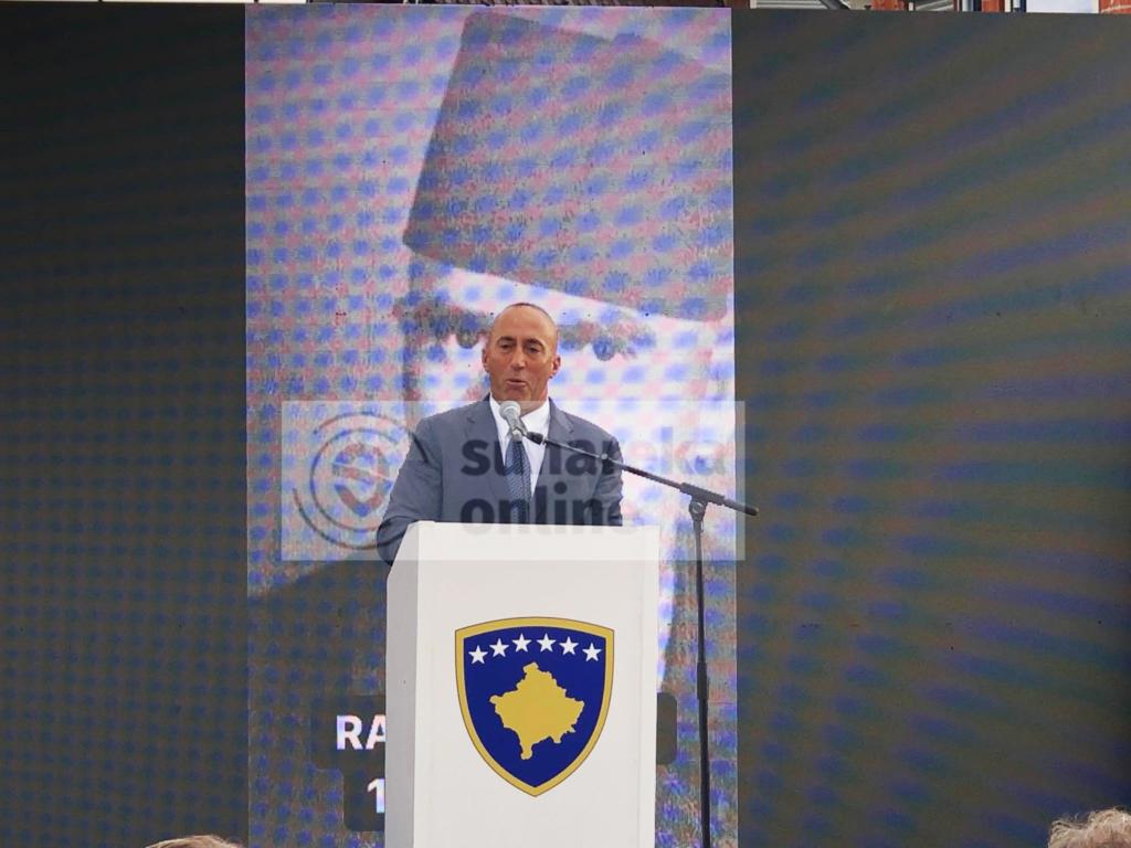 Haradinaj në Suharekë:  Nuk ka logjikë që dikush të lejojë lëvizjen e kufijve