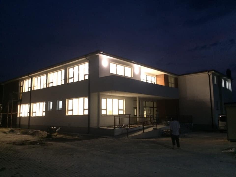 Të hënën Kryeministri Haradinaj në fshatin Tërrnje do ta bëjë inagurimin e shkollës së re