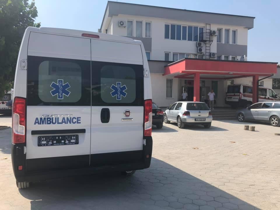 Qendra e Mjekësisë Familjare në Mushtisht bëhet me autoambulancë
