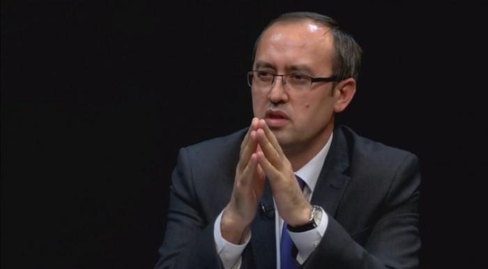 Hoti tregon nëse LDK-ja do t'ia lë Vetëvendosjes postin e kryeministrit