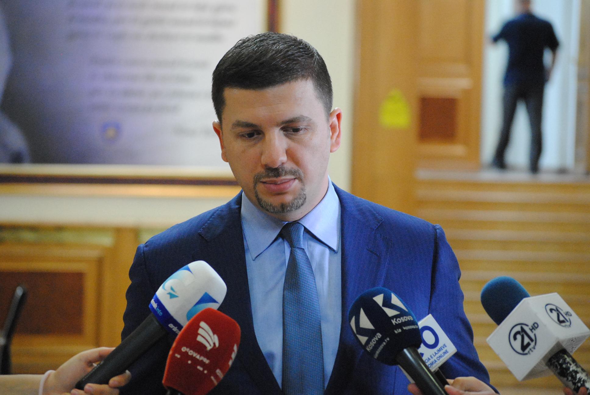 Memli Krasniqi: Në listën e PDK-së nuk do të ketë njerëz me aktakuza
