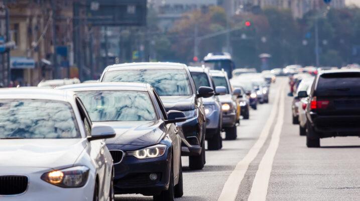 Rritja e çmimit të sigurimit për vetura prej 35%, në Kosovë po synohet të bëhet fshehurazi
