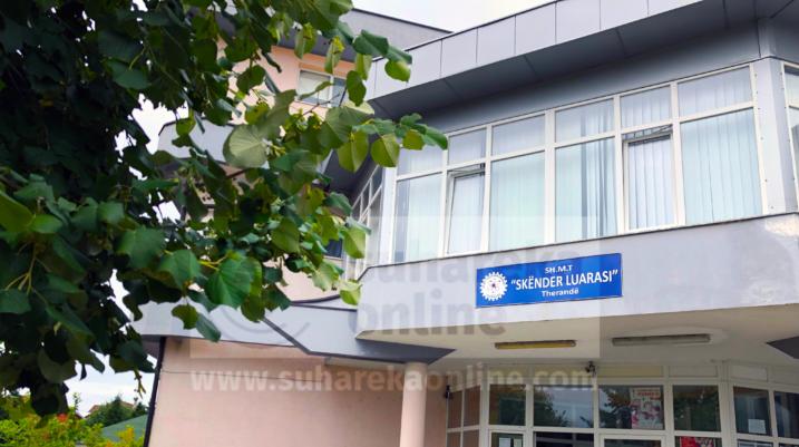 Ministria e Arsimit dështon për t'ju siguruar libra nxënësve të shkollave të mesme