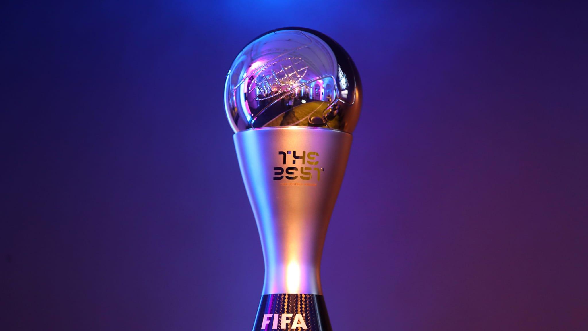 """10 futbollistët e nominuar për të fituar çmimin """"Lojtari i Vitit"""
