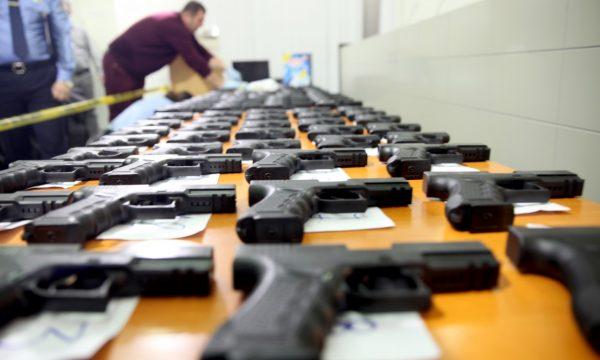Nga 250 mijë armë ilegale, vetëm për 1.800 armë është kërkuar legalizim nga MPB
