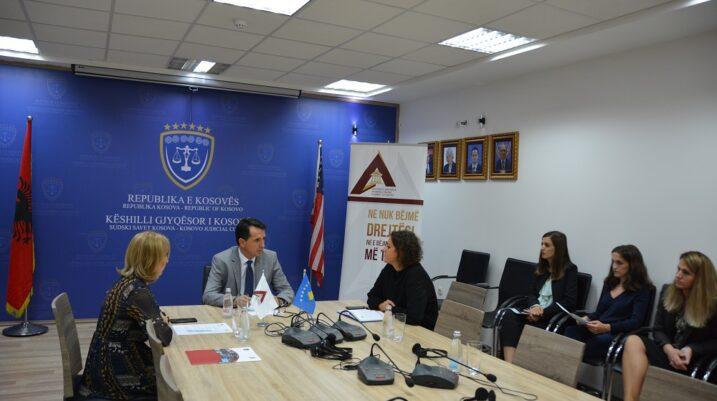Nënshkruhet memorandum mes KGJK-së dhe Akademisë së Drejtësisë