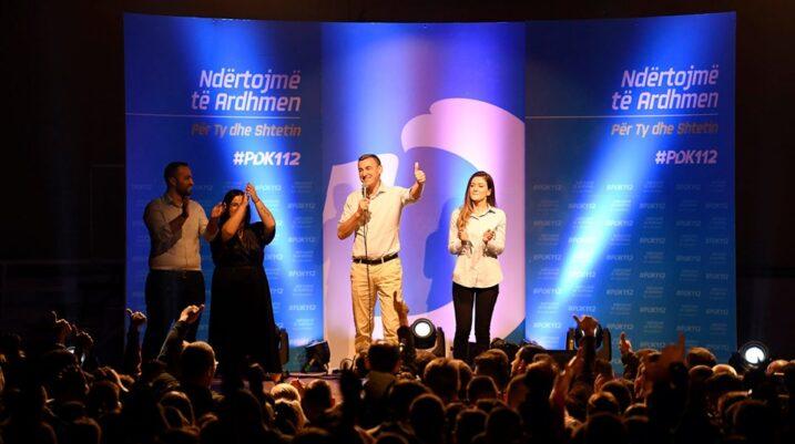 Veseli mbledhë PDK'në: Jemi shtëpia më e madhe e demokracisë, populli pret lidership nga ne