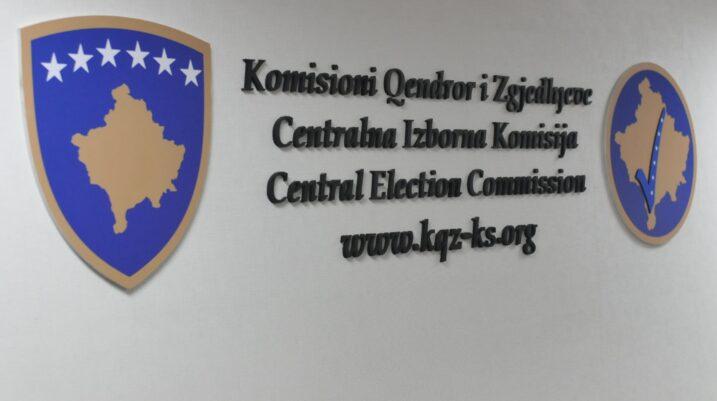 KQZ-ja de-certifikon tre kandidatë për deputetë të dy partive