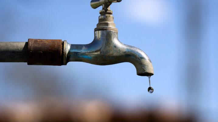 Problemet me rrymë, lënë qytetarët e Suharekës pa ujë!