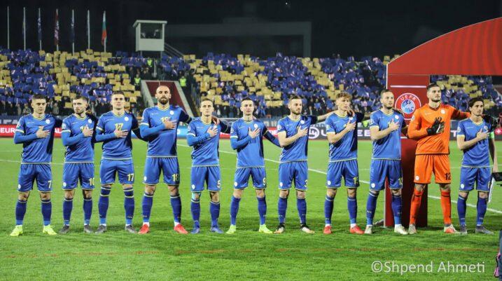 Sot gjithçka frymon bardh e kaltër, Kosova luan ndeshjen kundër Malit të Zi