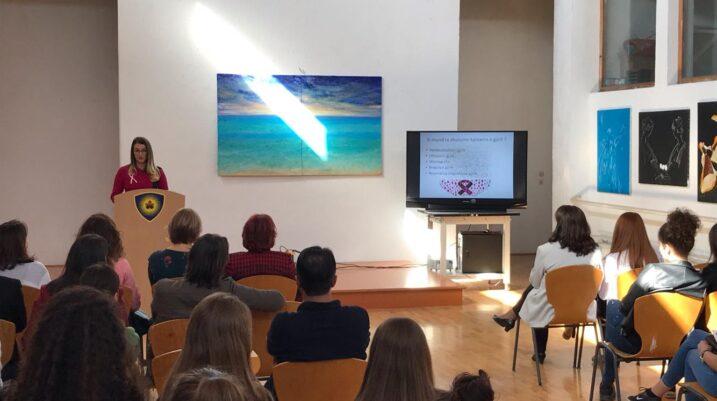 Mbahet ligjëratë sensibilizuese kundër kancerit të gjirit në Suharekë