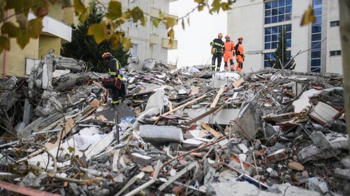 UEFA u kërkon federatave të futbollit ta ndihmojnë Shqipërinë pas tërmetit