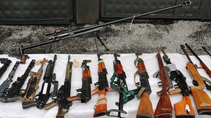 Policia e Kosovës shkatërron rreth 600 armë të shkurtra të lehta