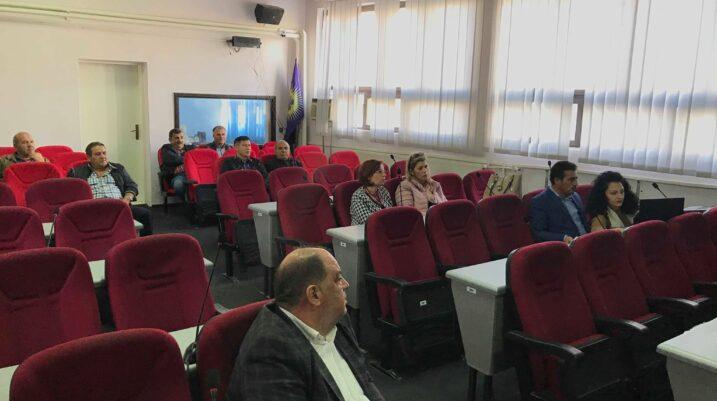 Vazhdojnë debatet publike, sot me qytetarë të Suharekës rreth procesit të legalizimit