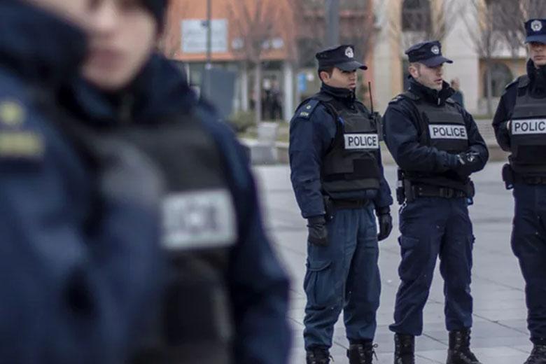 Policia apel qytetarëve për kapjen e 27-vjeçarit që tmerroi qytetarët me vjedhje
