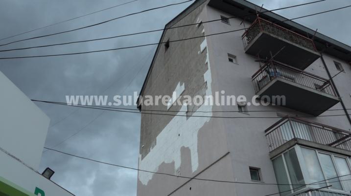 Komuna kishte planifikuar 45 mijë euro për fasadën që u shemb!