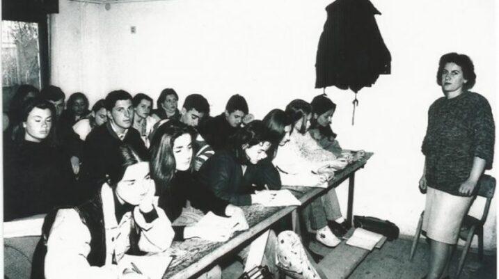 Këtë javë ekzekutohen paratë për mësimdhënësit e viteve të 90-ta