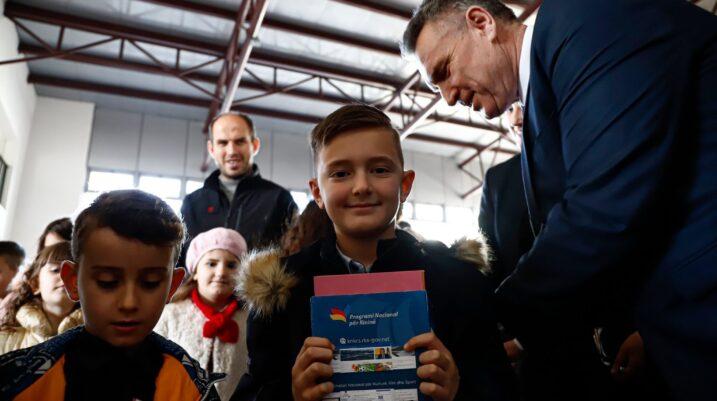 Hoti në Suharekë: Suksesi është në duart e atyre që lexojnë