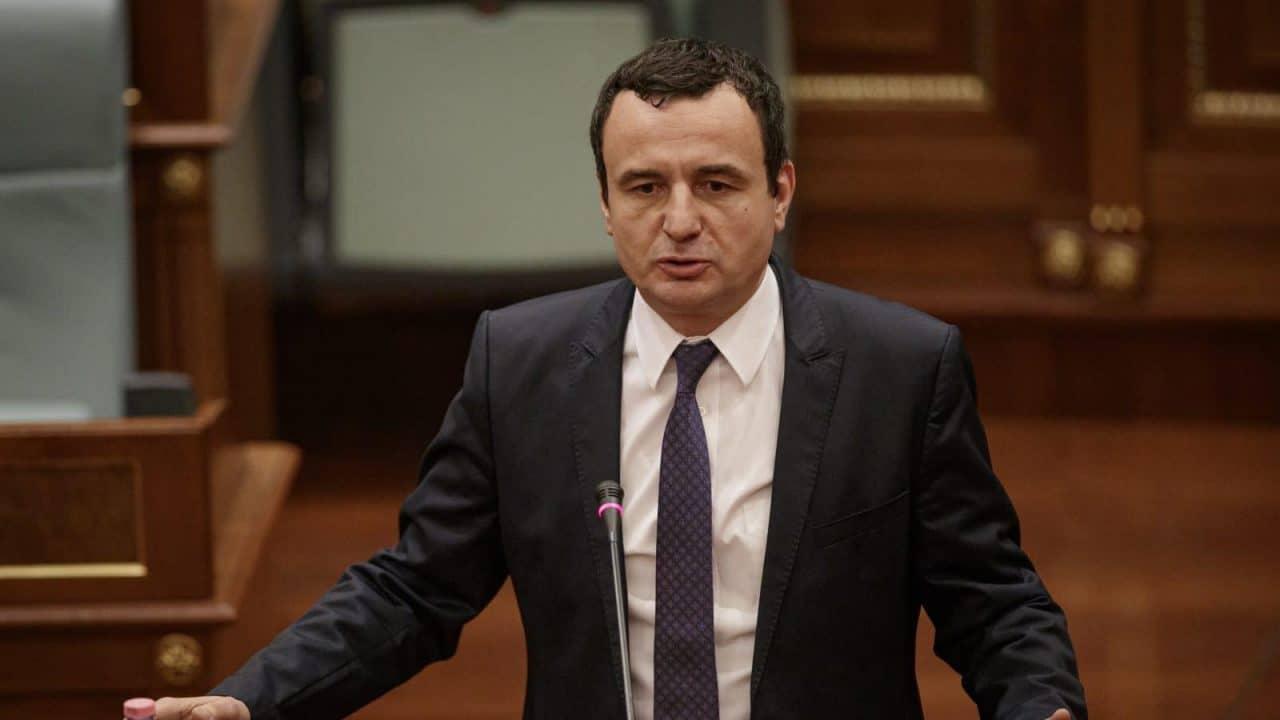 Albin Kurti kërkon që seanca për votimin e Qeverisë të mbahet të hënën në ora 11:00