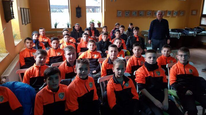 Nis cikli i ri i ligjëratave kundër kurdisjeve të ndeshjeve me futbollistët e grupmoshave të reja të Suharekës