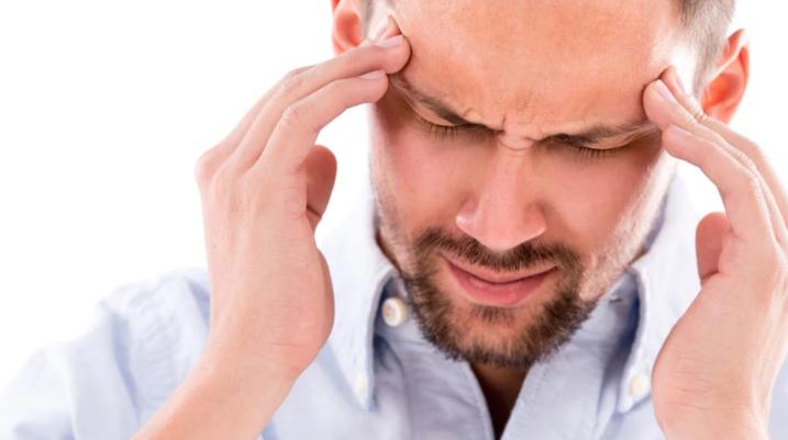 Dhimbja e kokës nga tensioni dhe sytë, trajtimi