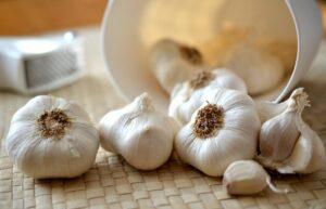 Kurat natyrale më të mira kundër dhimbjes së veshkave
