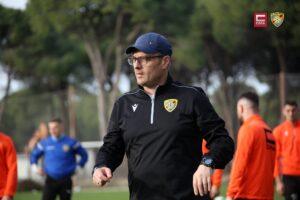 Ismet Munishi flet para derbit FC Prishtina – FC Ballkani