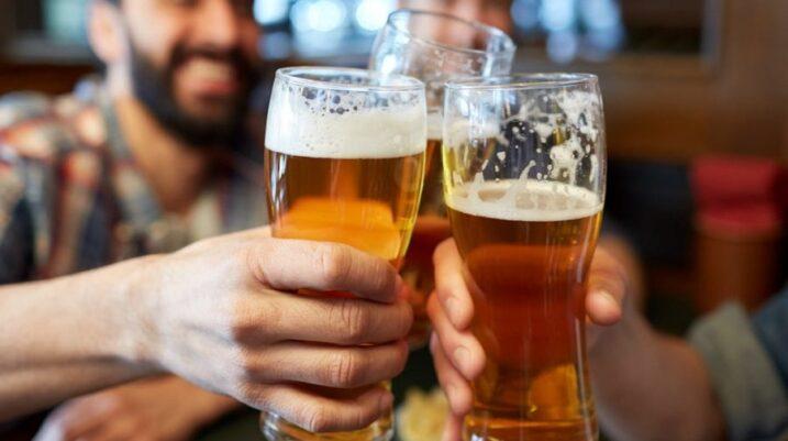 Konsumimi i birrës mund të zgjasë jetën e meshkujve