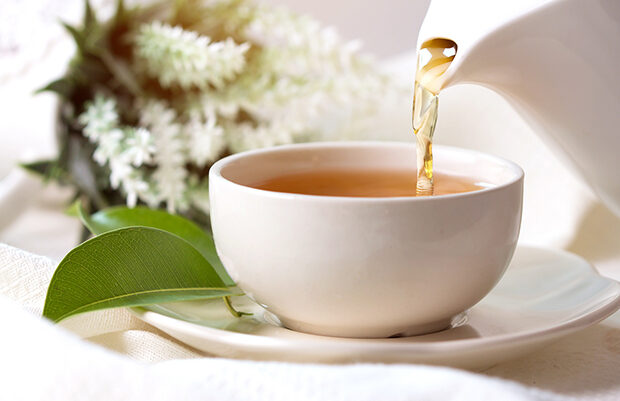 Disa arsye të shëndetshme se pse duhet të pini më shumë çaj