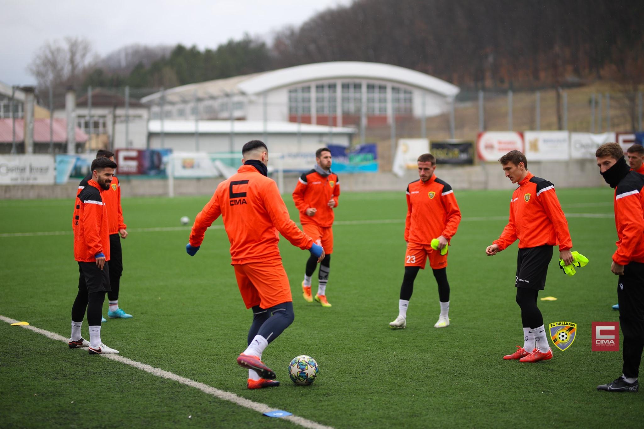 [FOTO] FC Ballkani zhvillon seancën e fundit stërvitore para ndeshjes ndaj Drenicës